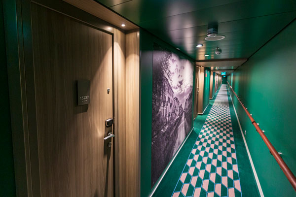 article picture: Ship doors are becoming intelligent